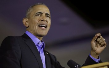 «Καρφιά» Ομπάμα με αποδέκτη τον Τράμπ