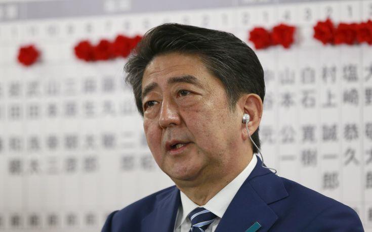 Νικητής των εκλογών στην Ιαπωνία ο Σίνζο Άμπε