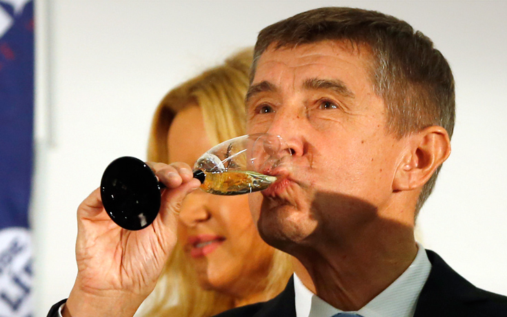 Ανοίγουν οι κάλπες στην Τσεχία, επικρατέστερος ο ζάμπλουτος Μπάμπις