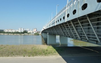 Πήγε να ανέβει σε γέφυρα για να αυτοκτονήσει και έπεσε θύμα βιασμού