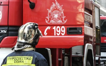 Φωτιά σε λεωφορείο που μετέφερε μαθητές στην Ιονία Οδό