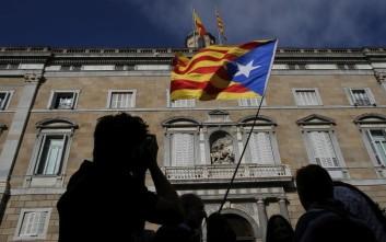 Η Καταλονία διχασμένη ανάμεσα στην ευμέρεια εντός Ισπανίας και της δύσκολης ανεξαρτησίας