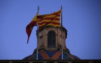 «Ξεμύτισαν» οι αυτονομιστές στην Καταλονία