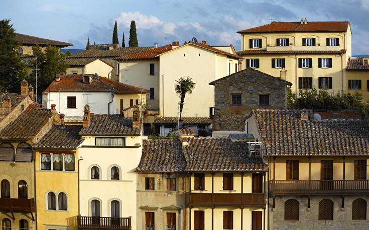 Ιταλική πόλη σε πληρώνει 2.000 ευρώ για να μετακομίσεις εκεί