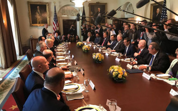 Ποιοι συμμετέχουν στις συνομιλίες Τραμπ – Τσίπρα