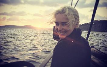 Η «Μητέρα των Δράκων» κάνει διακοπές στην Ελλάδα