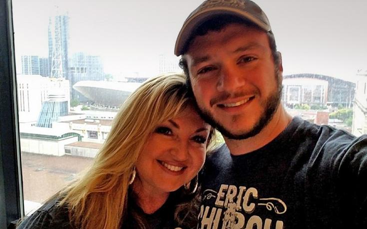 Σώθηκε από την αιματοχυσία στο Λας Βέγκας χάρη στην αυτοθυσία του συζύγου της