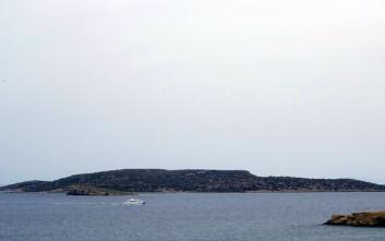 Μακάβριο εύρημα σε εσοχή βράχων ανοιχτά της νήσου Φλεβών
