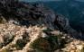 Το ορεινό χωριό της Καρπάθου όπου ο χρόνος μοιάζει να έχει σταματήσει