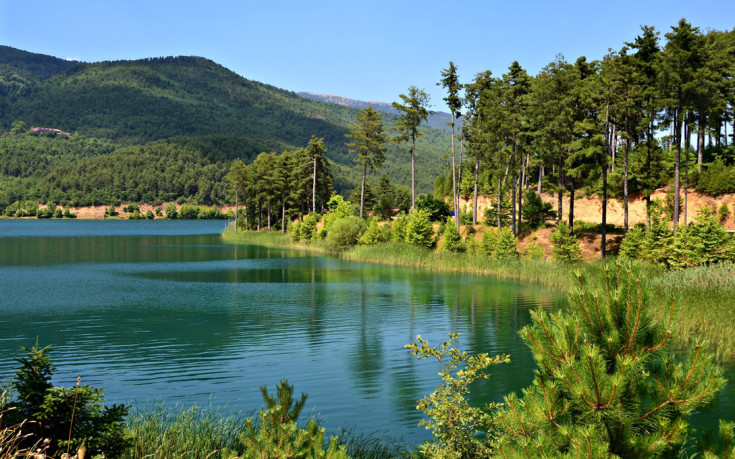 Εκδρομή στην όμορφη λίμνη Δόξα