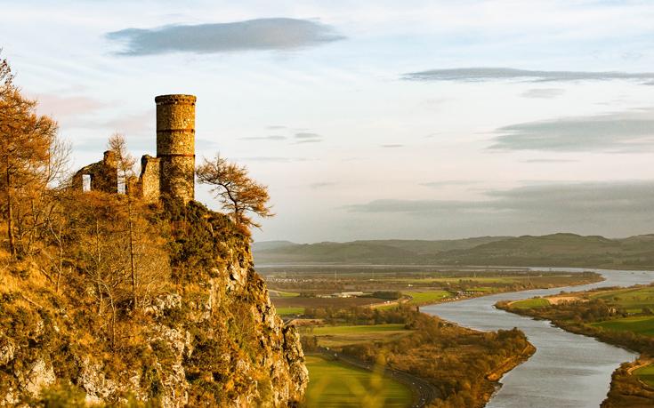 Μαγικά τοπία στη χώρα των κάστρων και των μύθων