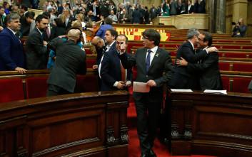Εύθραυστη πλειοψηφία για τα κόμματα υπέρ της ανεξαρτησίας στην Καταλονία