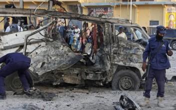 Μακελειό στην πρωτεύουσα της Σομαλίας από επίθεση καμικάζι