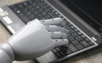 Ένα ρομπότ γράφει ανατριχιαστικές ιστορίες τρόμου