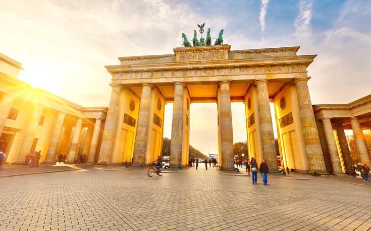 Γερμανικά κόμματα για Αυστριακό κόμμα των Ελευθέρων: Οι συνέπειες της συνεργασίας με την ακροδεξιά