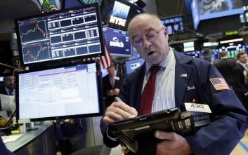 Νέες ισχυρές απώλειες στη Wall Street