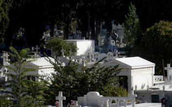 Φρίκη στη Μεσσηνία: Ξέθαψαν νεκρή και βεβήλωσαν τον τάφο της