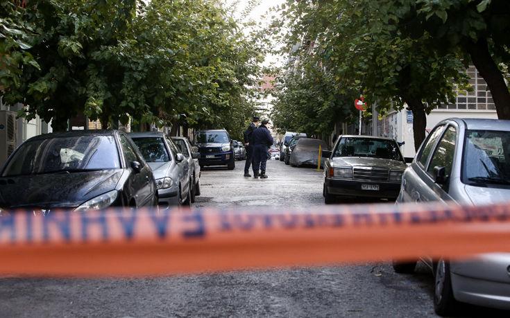 Κατασχέθηκαν όπλα και εκρηκτικά σε μεγάλη επιχείρηση της αντιτρομοκρατικής στην Αθήνα