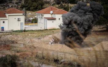 Φωτογραφίες από την ελεγχόμενη έκρηξη στη Γλυφάδα