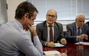 Συνάντηση Μητσοτάκη με ιδιοκτήτες ακινήτων για ΕΝΦΙΑ και μεταβιβάσεις