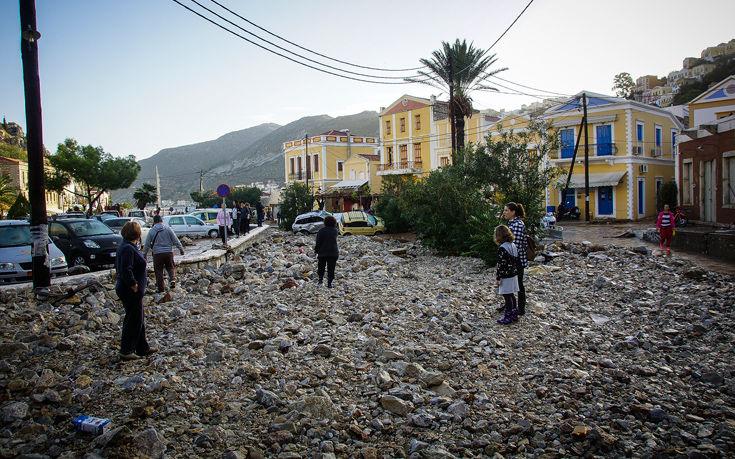 Τα μπάζα από το άνοιγμα των δρόμων από την παλιά ΜΟΜΑ «έπνιξαν» τη Σύμη