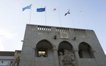 O Αναστασιάδης παρασημοφόρησε τον γ.γ. του υπουργείου Εξωτερικών