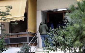 Ο πατέρας φαίνεται πως έβαλε φωτιά στο διαμέρισμα στη Νέα Σμύρνη, νεκρά και τα μικρά παιδιά