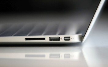 Η Apple καταστρώνει το σχέδιο «Kalamata»