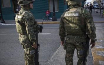 Δύο ομαδικούς τάφους σε αυλές σπιτιών εντόπισαν στο Μεξικό