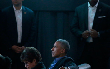 Μπαράκ Ομπάμα, ο απόλυτος σταρ, ακόμη και ως ένορκος σε δίκη