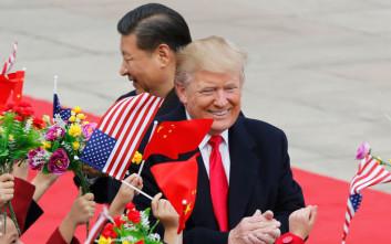 Ο Τραμπ… παίζει με τα νεύρα της Κίνας