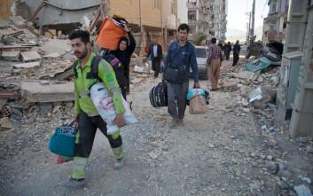 Δύο νεκροί και 241 τραυματίες από τον ισχυρό σεισμό στο Ιράν