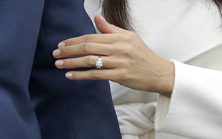 Το δαχτυλίδι έχει τη δική του ιστορία και λίγη από τη «λάμψη» της  πριγκίπισσας Νταϊάνα 3317abbc61a