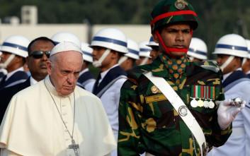 Ο Πάπας δεν χρησιμοποίησε τον όρο Ροχίνγκια ούτε στο Μπαγκλαντές