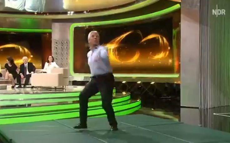 Παλαίμαχος Γερμανός άσος εκπλήσσει με το γκολ που βάζει σε πλατό εκπομπής