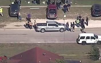 Μακελειό με τουλάχιστον 27 νεκρούς από ένοπλη επίθεση σε εκκλησία στο Τέξας