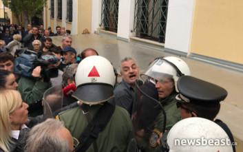 Εγκλώβισαν τον δολοφόνο της Δώρας μέσα στο κτίριο της Ευελπίδων