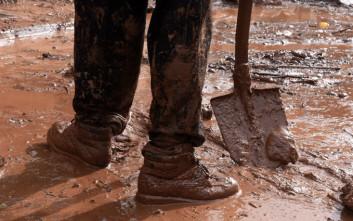 Τραγωδία στη Βρετανία: 14χρονος πνίγηκε στη λάσπη σε σχολική εκδήλωση