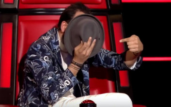 Σάστισε ο Μουζουράκης με διαγωνιζόμενο που είχε την ίδια φωνή με εκείνον