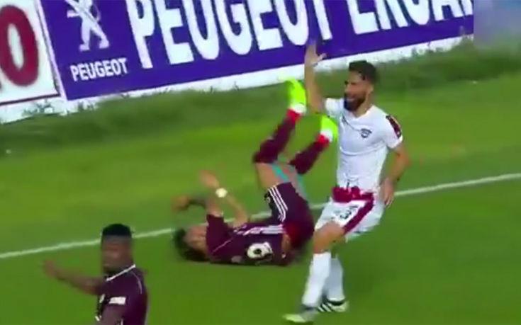 Προσπάθησε να εκβιάσει πέναλτι, αλλά του βγήκε σε προσποίηση για γκολ