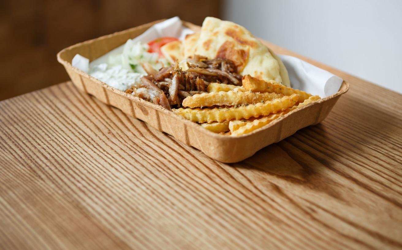 Η ελληνική επιχείρηση που έμαθε μέχρι και τον Παναμά να τρώει πίτα γύρο
