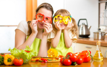 Τα πέντε πράγματα που πρέπει να διδάξει μια μαμά στην κόρη της