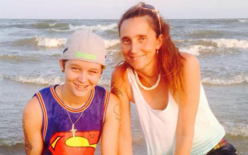 Μάνα και κόρη καταδικάζονται για αιμομιξία έπειτα από τρίγωνο της αμαρτίας