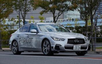 Ένα αυτόνομο Nissan στους δρόμους του Τόκιο
