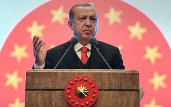 Ερντογάν: Όσοι δεν βλέπουν στρατιωτική λύση στη Συρία, να αποσυρθούν
