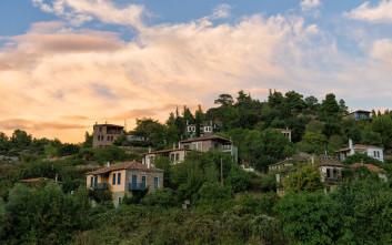 Το «άγνωστο» χωριό της Χαλκιδικής με το διάσημο όνομα