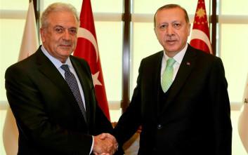 Αβραμόπουλος: Ο Ερντογάν προσδοκά περαιτέρω εμβάθυνση των ελληνοτουρκικών σχέσεων