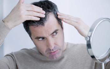 «Συναγερμός» από δερματολόγους: Μην κάνετε εμφυτεύσεις μαλλιών στην Τουρκία