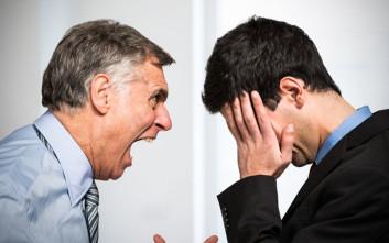 Τα κακά αφεντικά βλάπτουν σοβαρά την υγεία μας σαν… το τσιγάρο