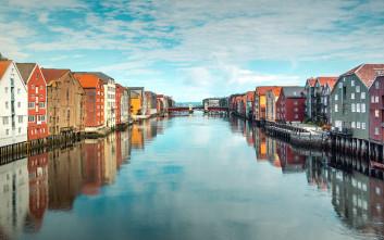 Η άγνωστη νορβηγική πόλη με την Πύλη της Ευτυχίας